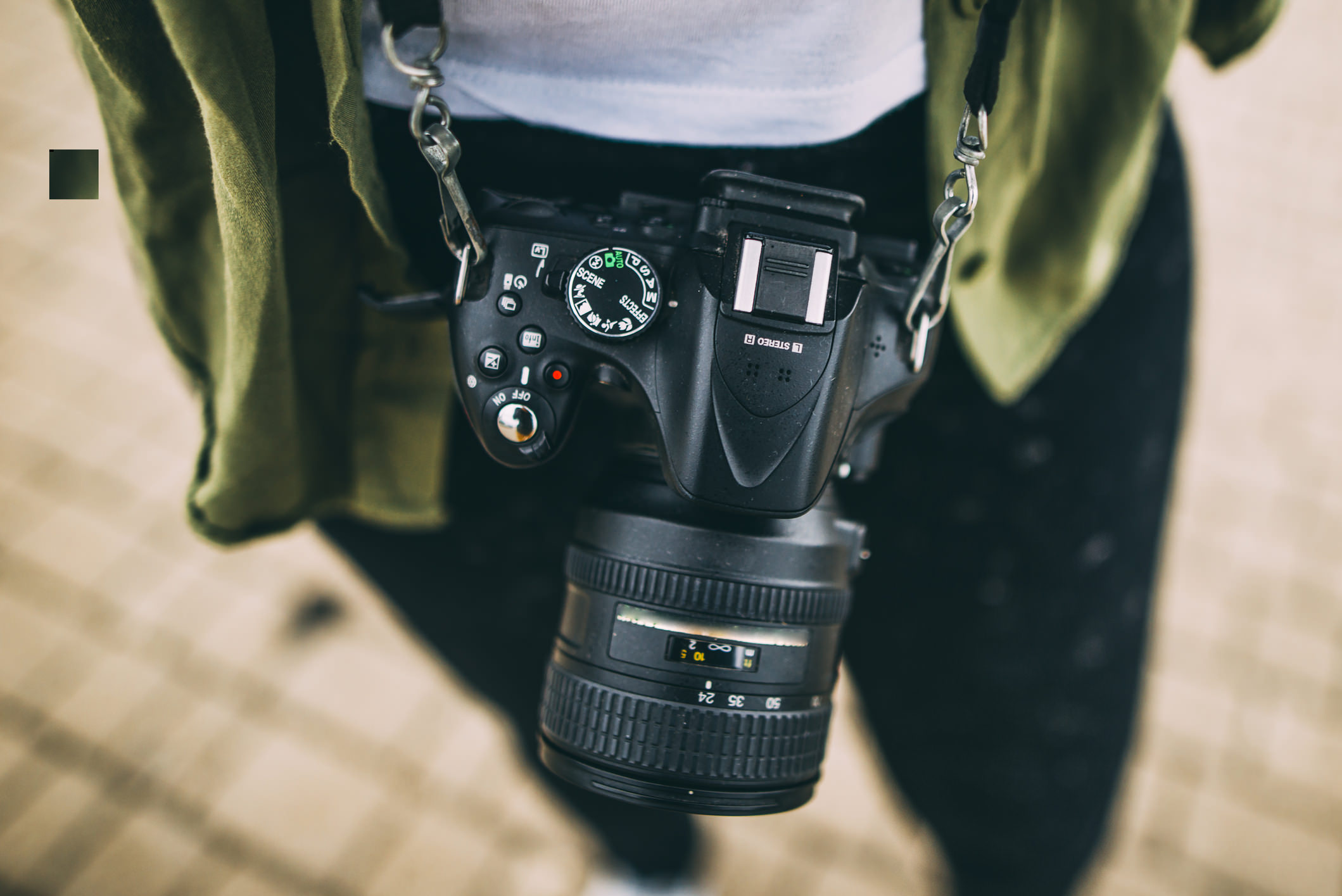 Canon vs. Nikon DSLR Comparison: Which is Best For You?