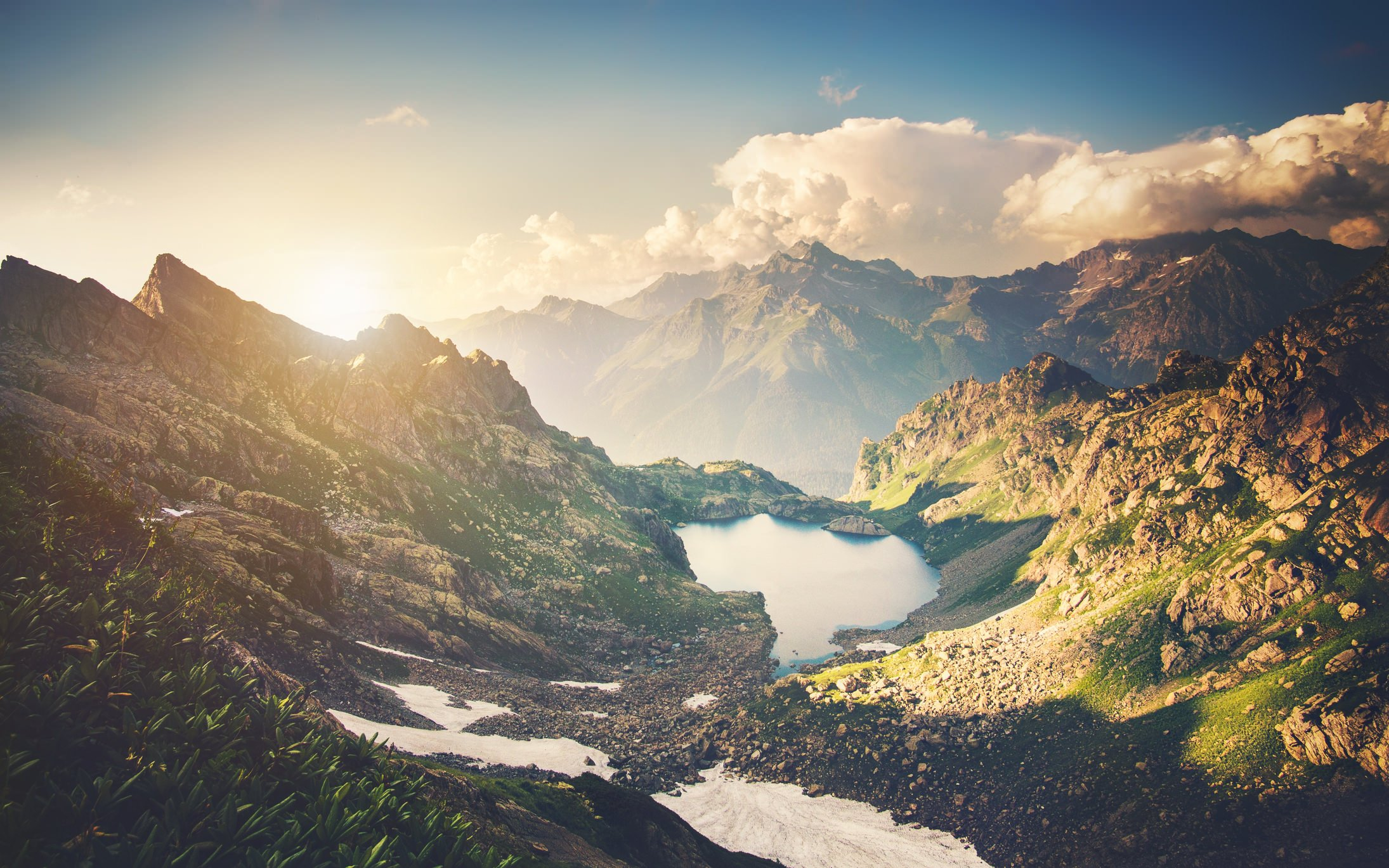 Best Camera Settings for Landscape graphy #0: iStock