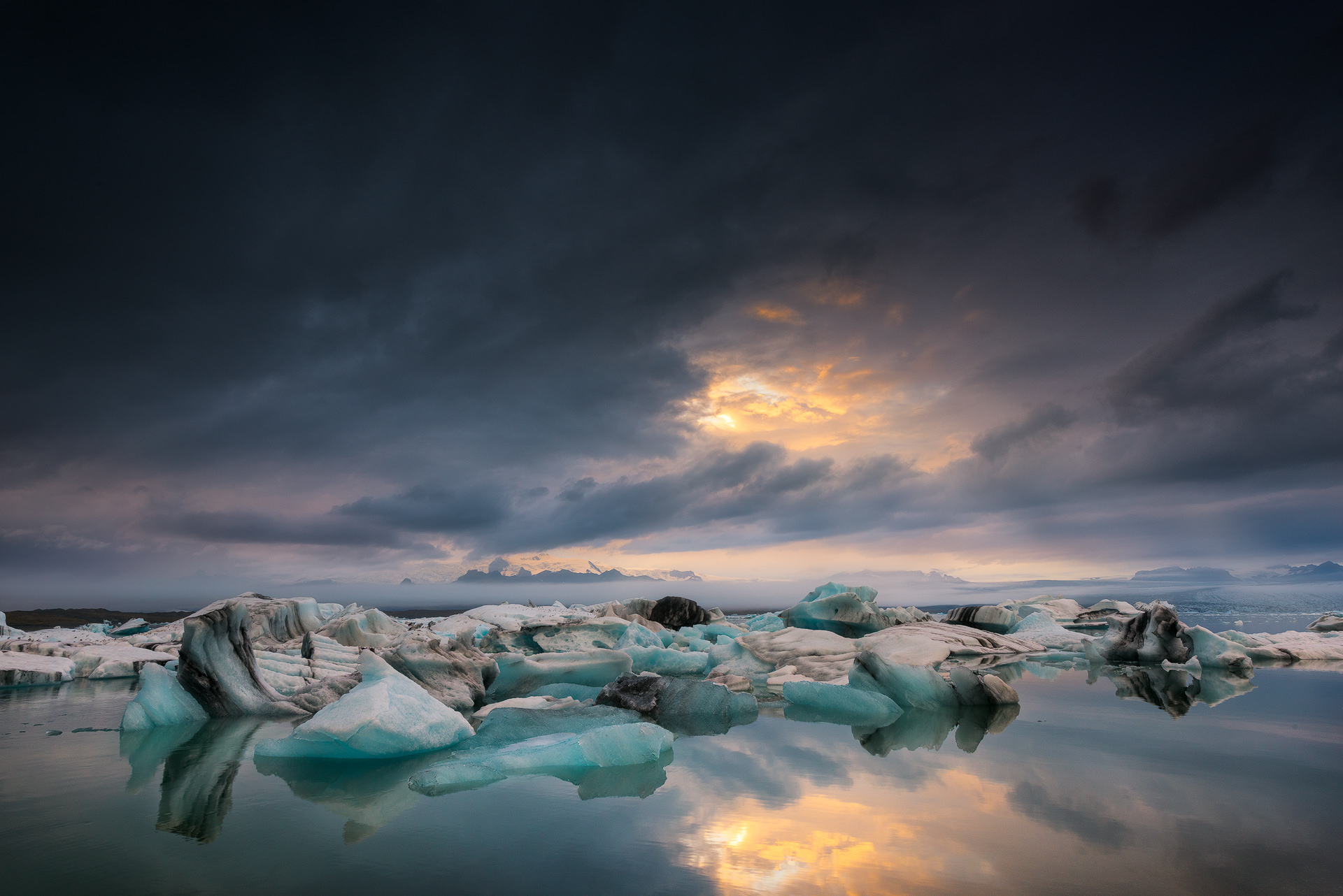 This is Why You Need to Discover Iceland With Your Camera