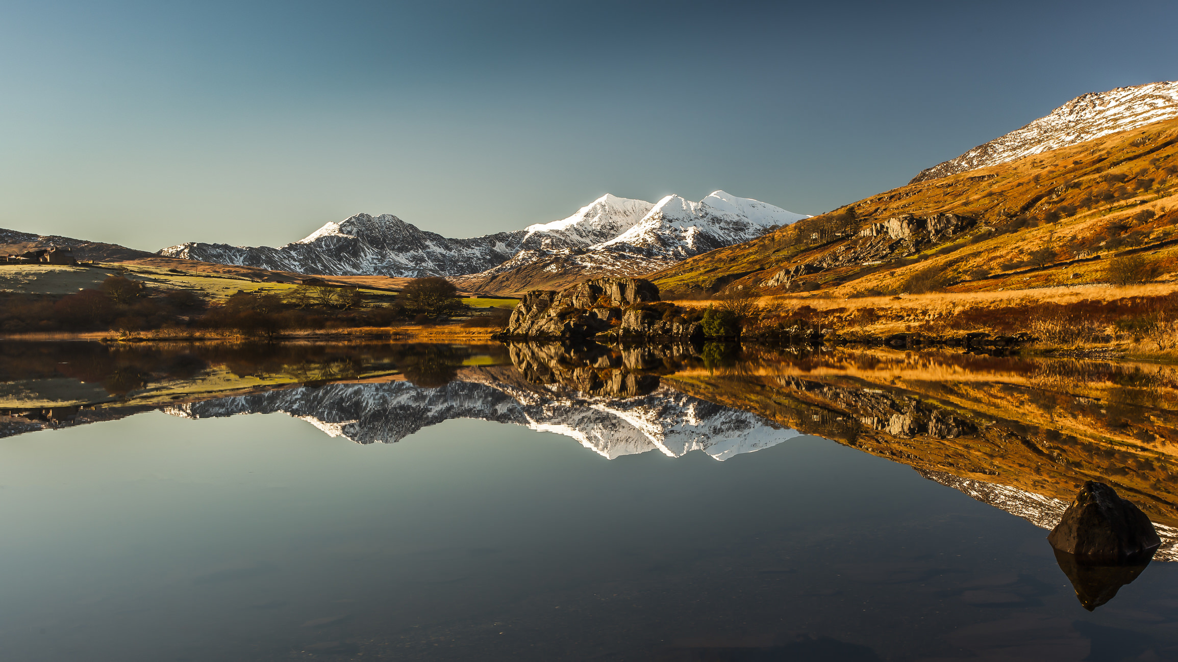 This Time-Lapse of Snowdonia Will Leave You Absolutely Breathless