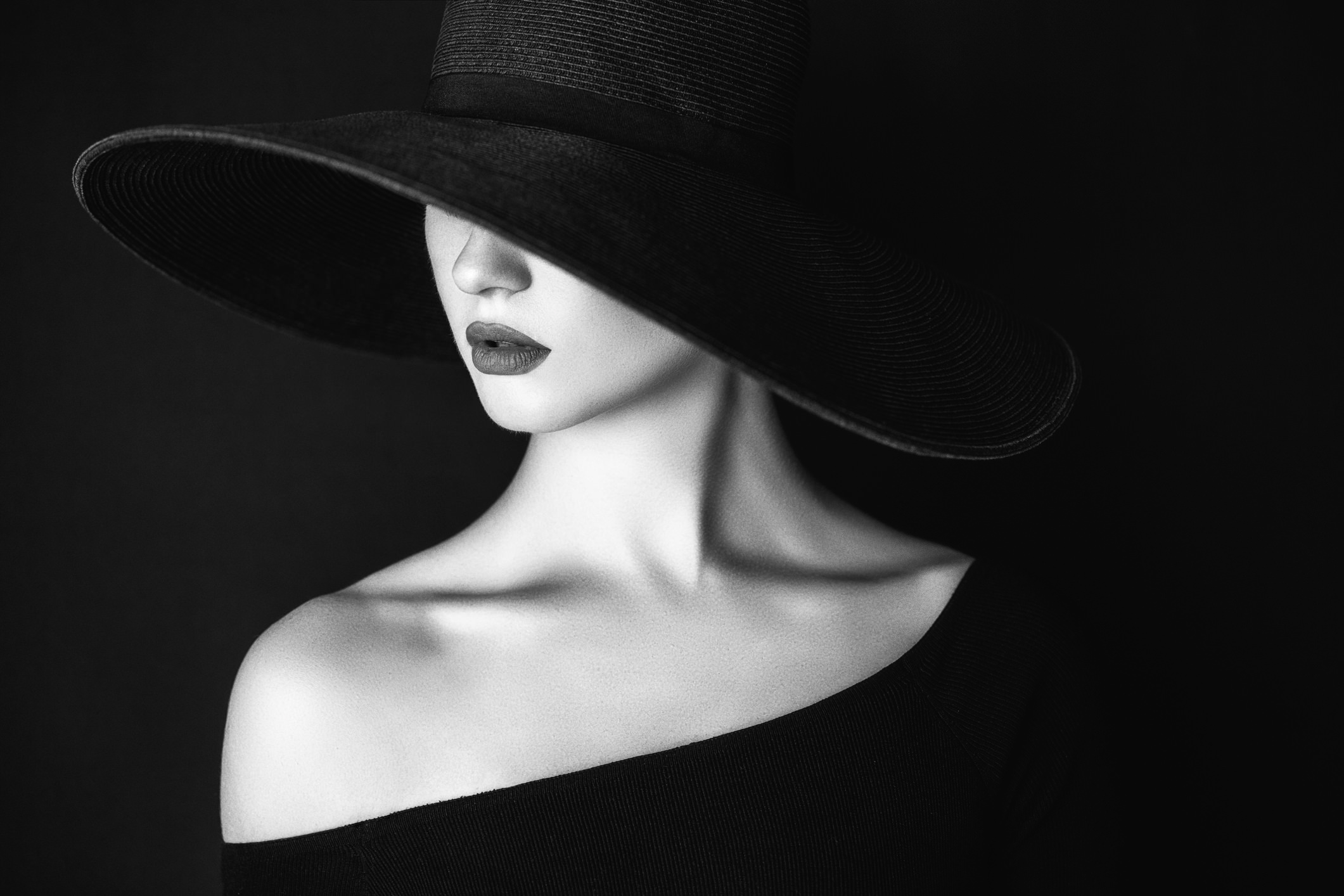 Fashion photography wallpaper black and white