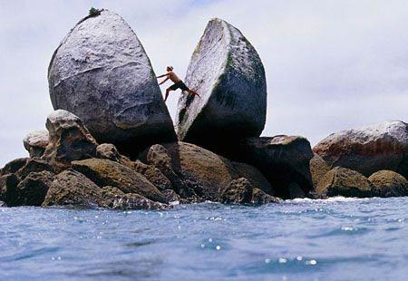 Spilt Apple Rock,