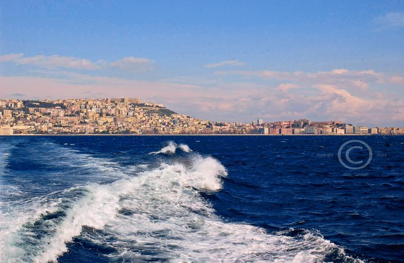 Napoli-from-the-Bay-_2011-12-21-2.jpg