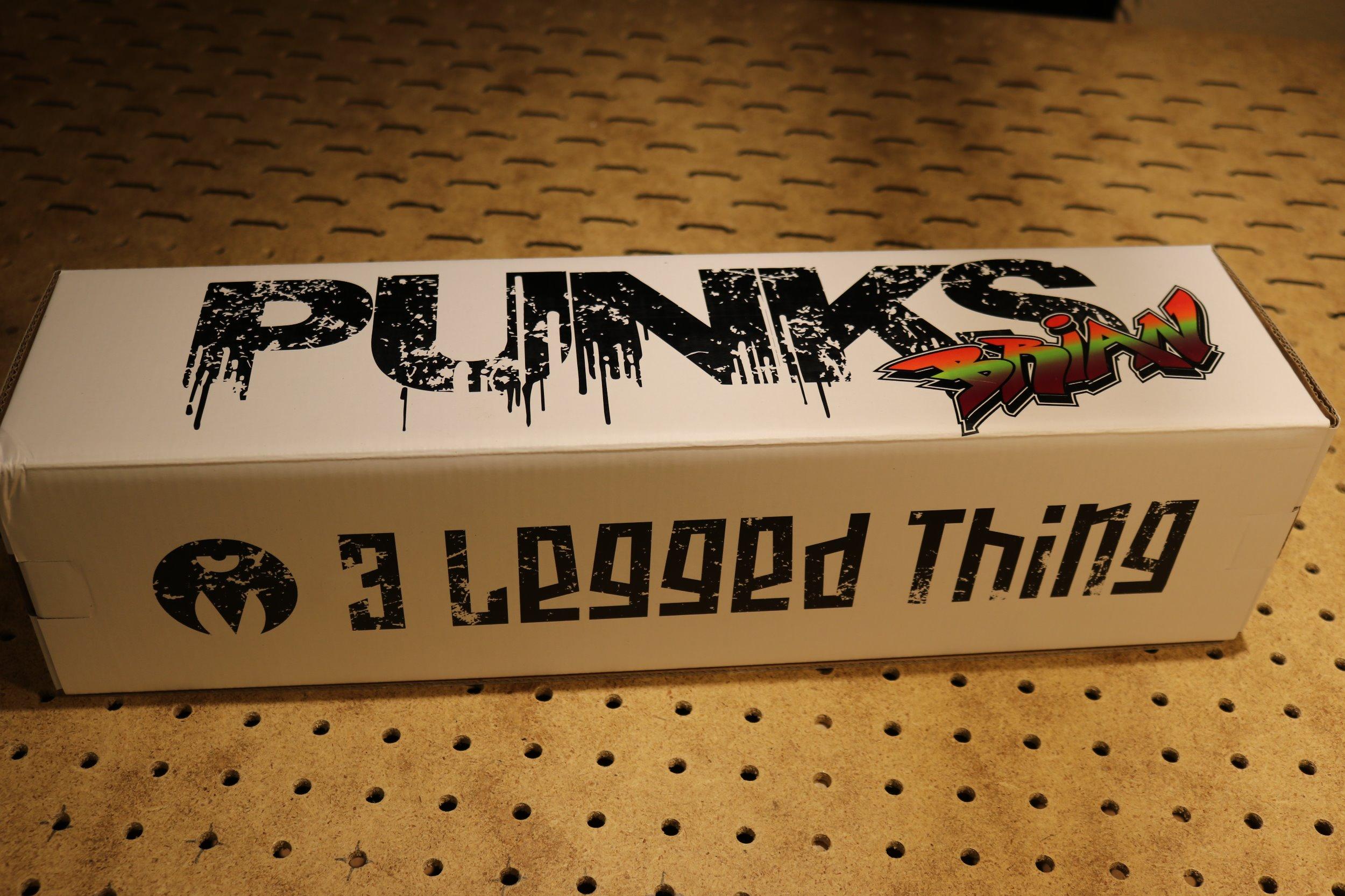 threeleggedthing.JPG