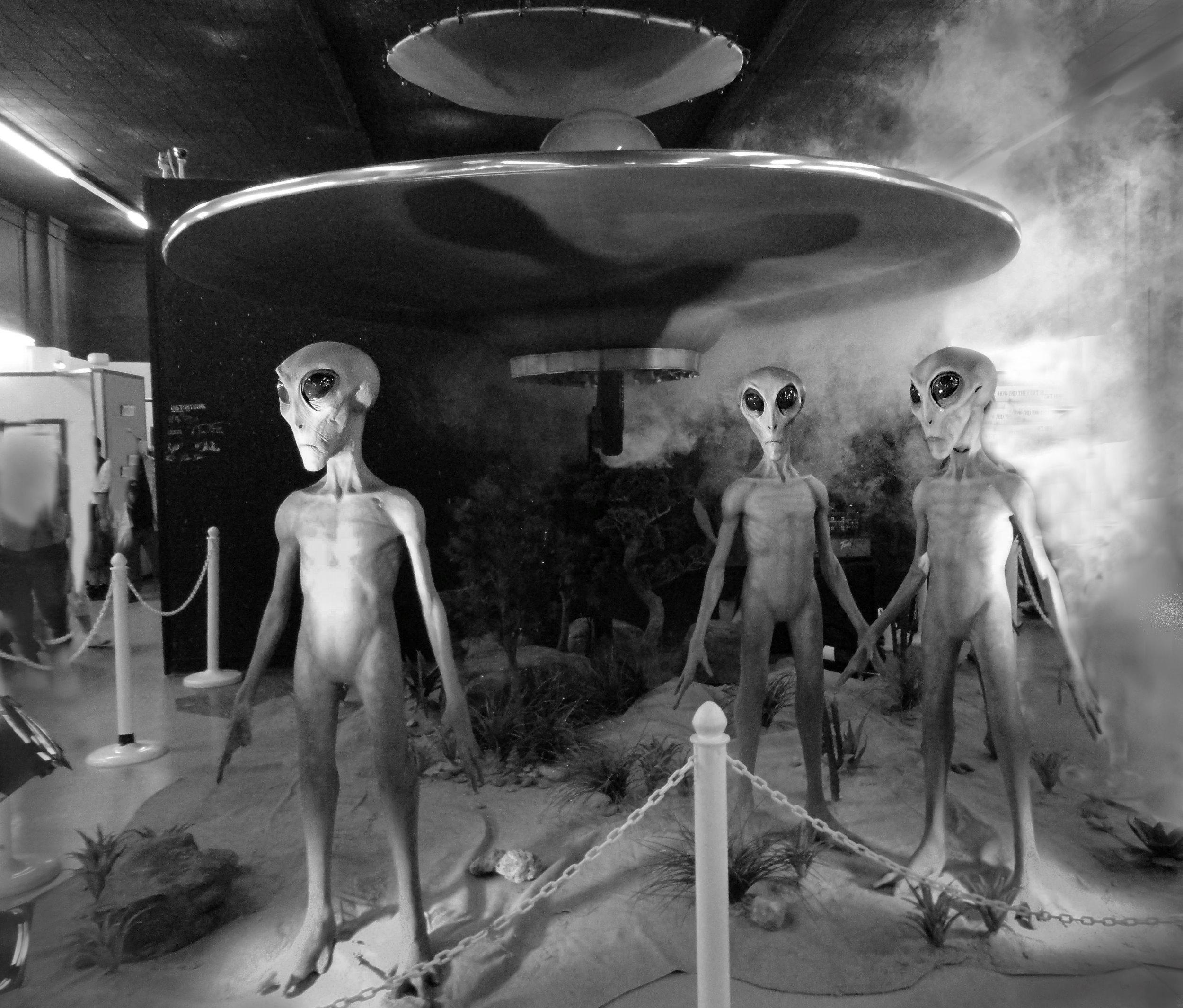 UFOCenterRoswell.jpg