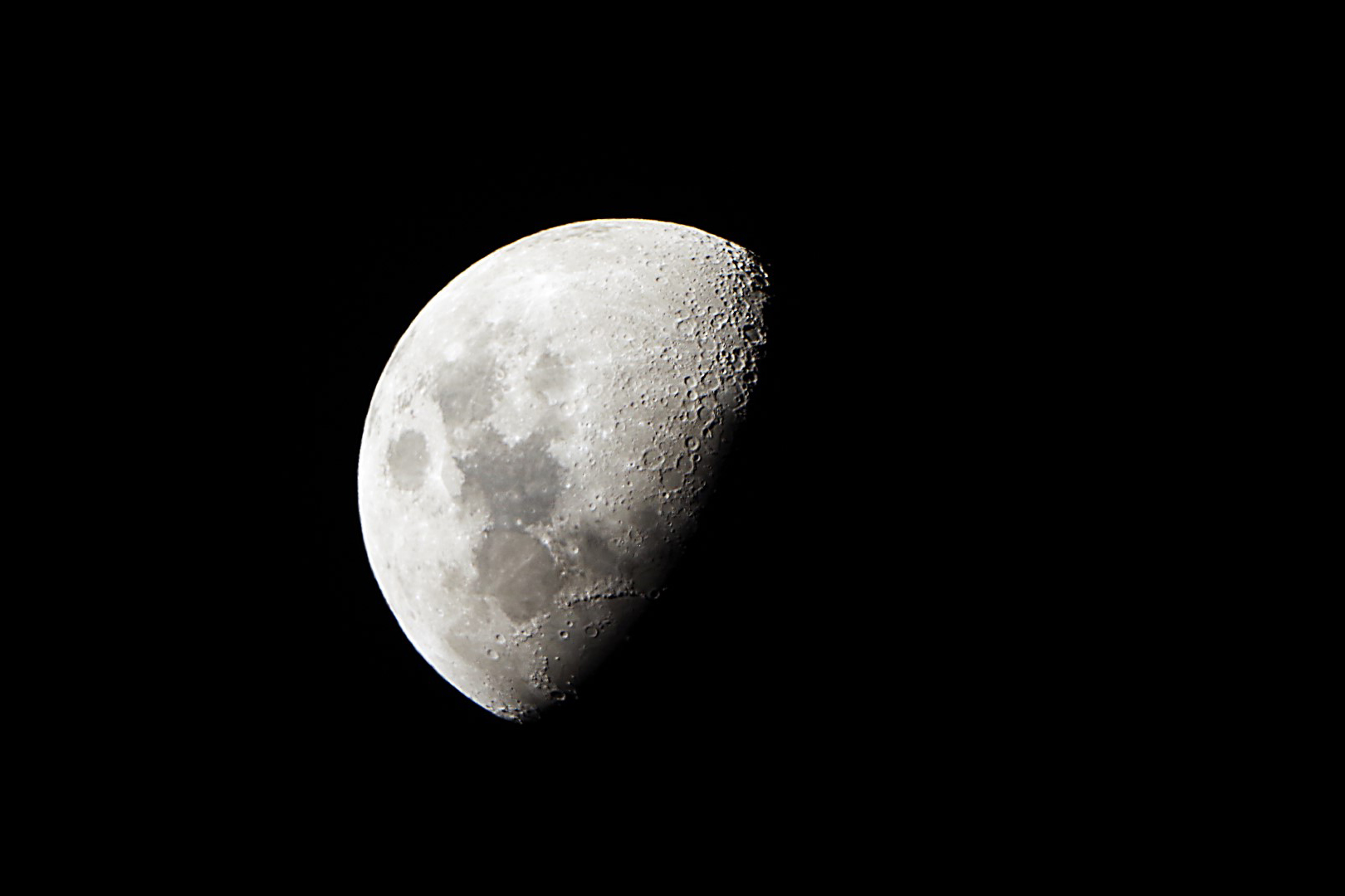 moon7Large.jpg