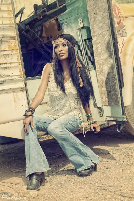 Hippie-Yolanda-029.jpg